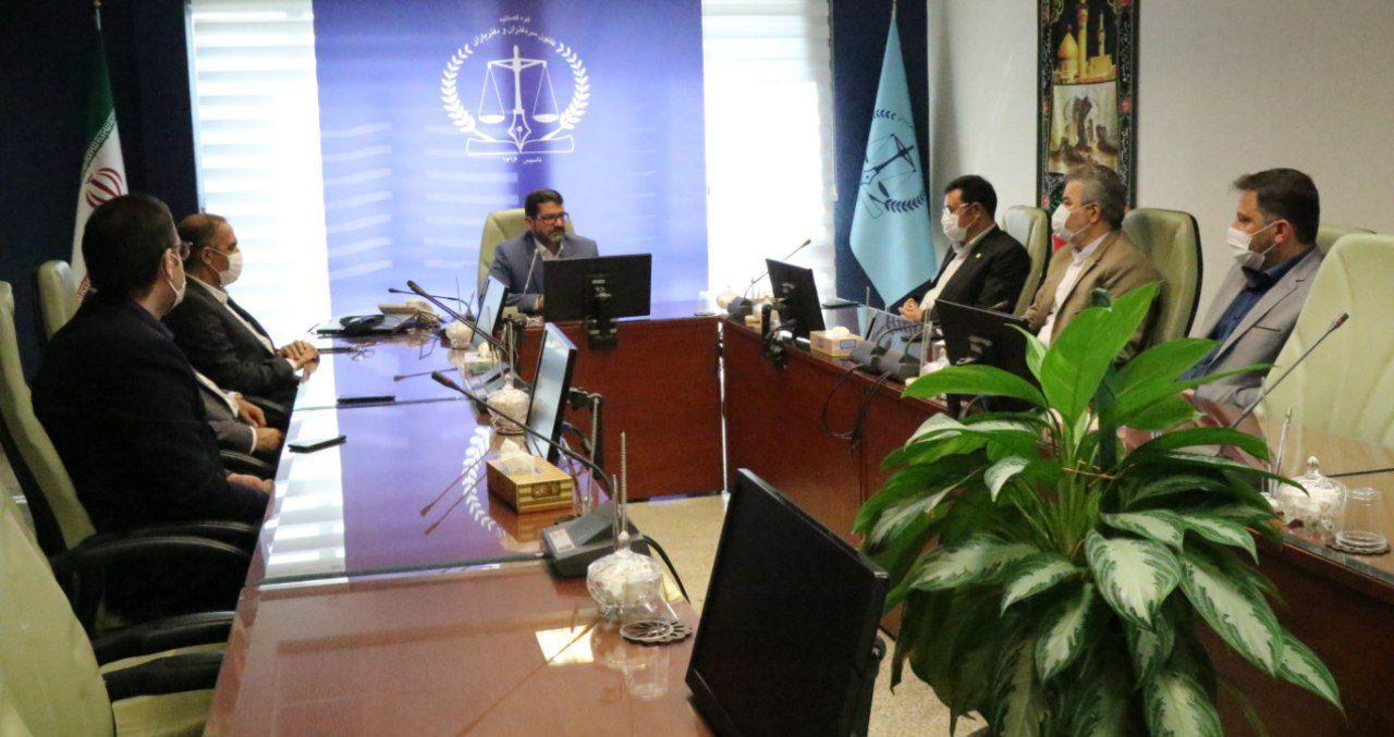 برگزاری جلسه مشترک با کانون دفاتر اسناد رسمی ، کانون وکلای دادگستری و کانون خدمات قضائی